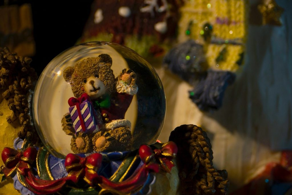 Snowglobes, toy cars and expensive lighters: Collectors and the dwindling auction market